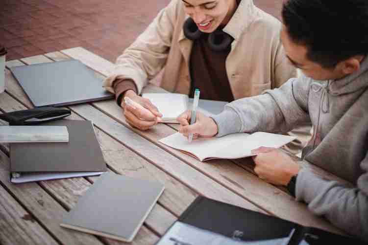 How to find a cheap and reliable essay writing company